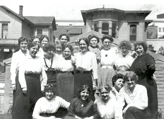 M & A Shogren employees outside the dressmaking shop, ca. 1912. OHS Research Library, OrHi 62453
