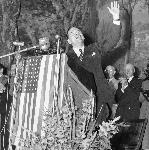 Gov. Thomas Dewey, Republican presidential candidate, greets crowd from a podium at Portland Auditorium on September 28, 1948. OHS Research Library, 0024P460