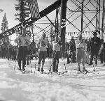 Start of the 1931 Fort Klamath to Crater Lake Ski Race. Courtesy Deschutes Historical Museum.