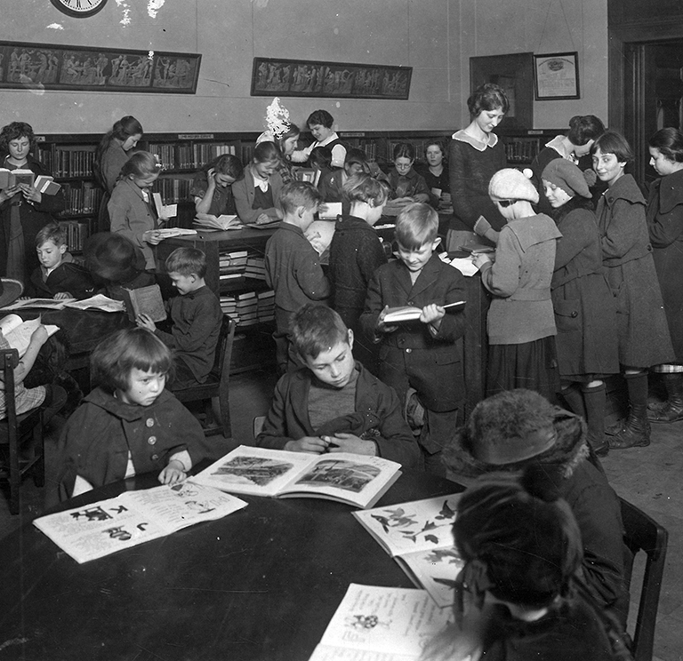 Children's Room, Multnomah County Library, Portland, c. 1920s, Photo File 1804, OrHi 77959