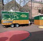 Piggins food cart on the Oregon Historical Society plaza. Image courtesy of the Oregon Historical Society.