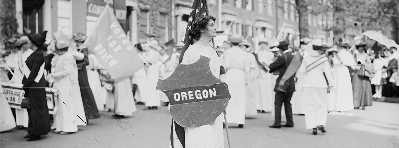 Photo of Margaret Howe with Oregon shield during woman suffrage march in Washington, D.C., March 1913, Library of Congress, LC-B2- 2668-6 [P&P], Bain News Service Photograph collection