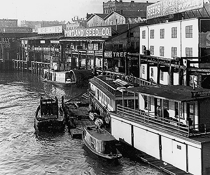 Portland waterfront, about 1900-1910. Oregonian, Willamette Landings 3rd ed. p. 31. OrHi 28306