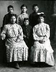 James C Matthews and family, 1906, OHS 0041G007