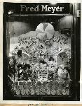 Lollipop window display 1939