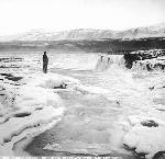 Celilo Falls in winter, Columbia River, January 1907. Item bb000192, Kiser Photo Co. photographs, 1901-1999; bulk: 1901-1927.; Org. Lot 140; OrHi 67579